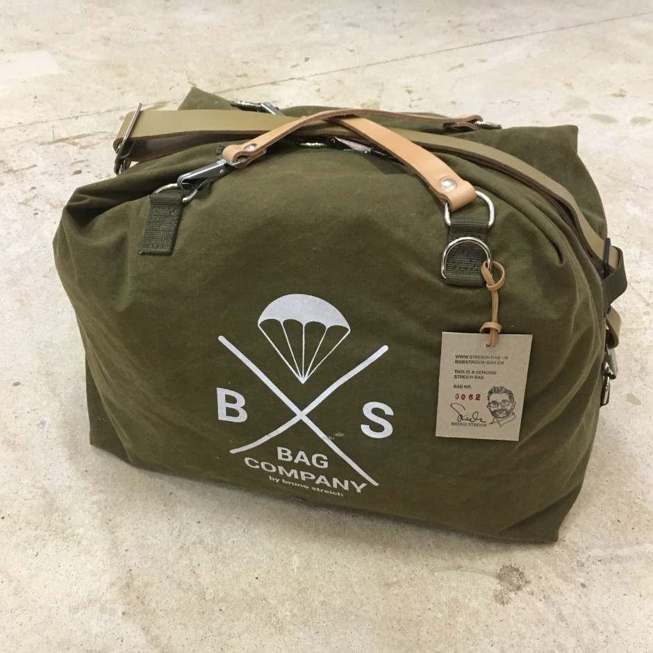 Streich Kalamata Bag Canvas Travel Weekender Out Of Vintage Swiss Army Tent Tissue Handcrafted In Switzerland
